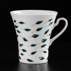 Hand-painted cups in a decorative hand-made box Blue Reminiscence